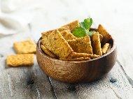 Бързи лесни и вкусни соленки с крема сирене, кашкавал и сусам (с бакпулвер)